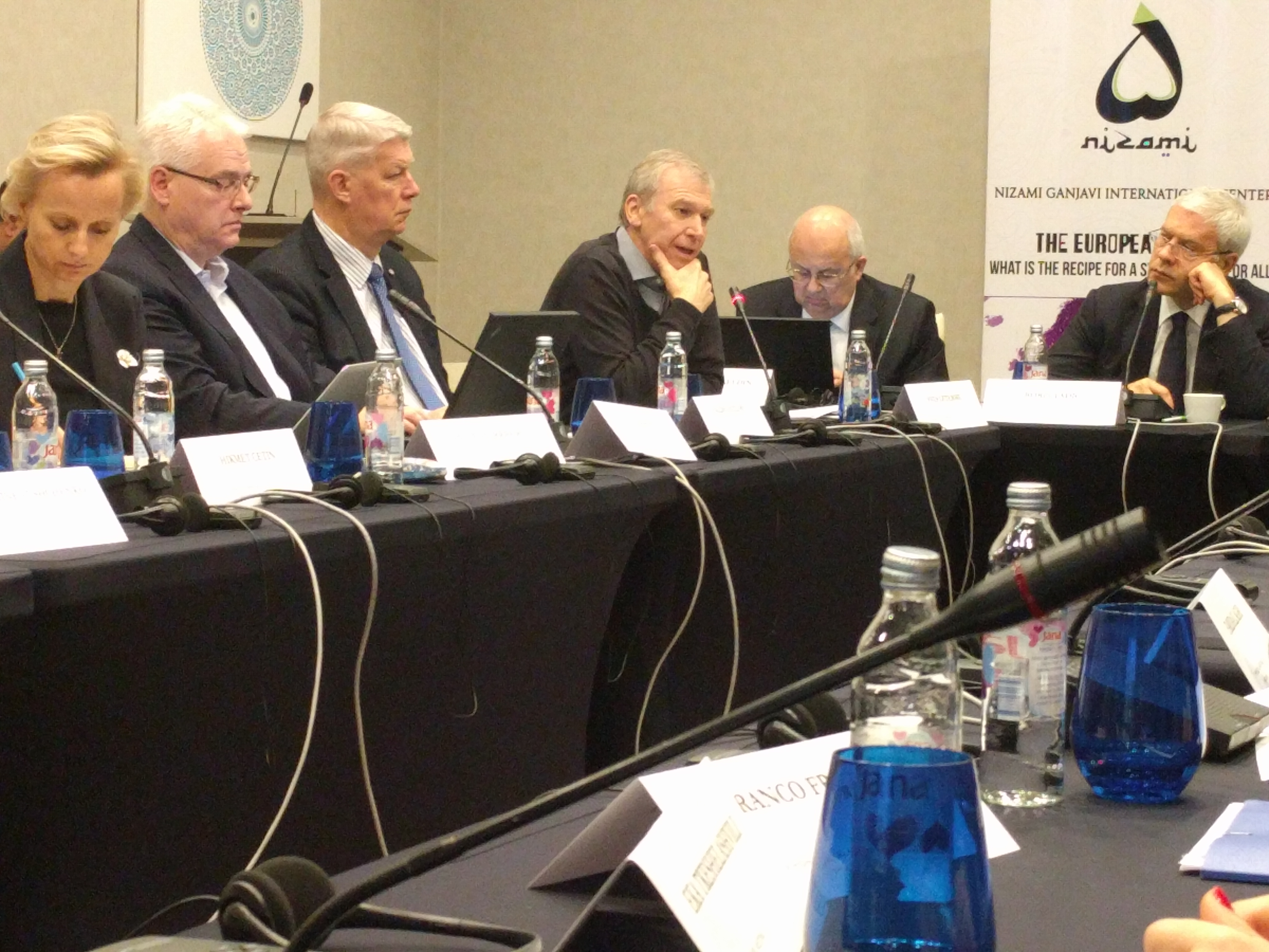 """International IDEA's Secretary-General speaks at the IX High Level Meeting on """"The European Peace: What is Recipe for a Strong Union for All?"""" in Sarajevo"""