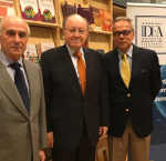 Ambassador of Peru, Hon. Mr Jorge Valdez (center) with Dr Daniel Zovatto, Regional Director-LAC (right), and Mr Sergio Bitar (left), at International IDEA´s regional headquarters in Chile. Photo credit: International IDEA.